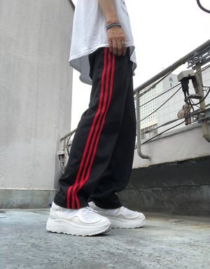 adidas / side line jersey pants - black×red -