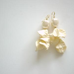 バラの花びら ヴィンテージ  パール