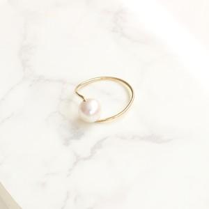 ■twist pearl ring■ ツイストパールリング