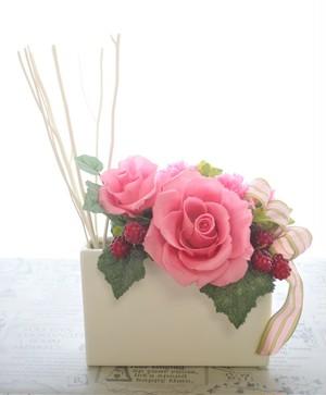 天然アロマディフューザー付きプリザーブドフラワー 香り付き  送料無料 プレゼント お祝い