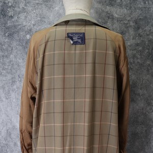 80's Vintage Burberry's Single breasted coat Rare color !!! Big size !!!  80年代 バーバリー シングルブレストコート ビックサイズ レア A645