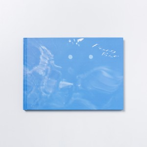 佐久間ナオヒト:写真集『Floating Blue』