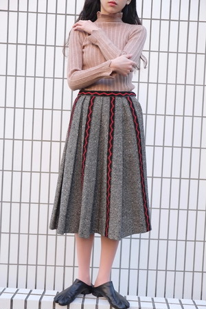 vintage/akai nagare skirt.