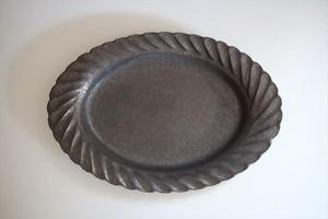 うつわうたたね|リム広めしのぎオーバル皿26㎝ にびいろ