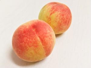 美味しい桃2個*約300g
