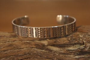 stripe bangle