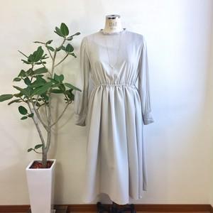 大人の透け感❤️シースルーシフォン素材の長袖ワンピース ライトグレー(サイズフリー L〜L L)※インナーはついてません。