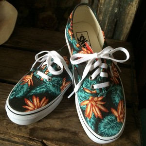 VANS Vintage Aloha Authentic