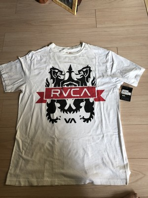 RVCA. Tshirt.  men's