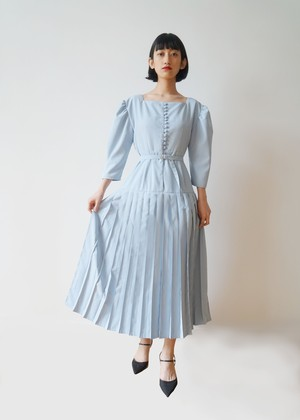 IAPETUS PLEATS DRESS【全額】