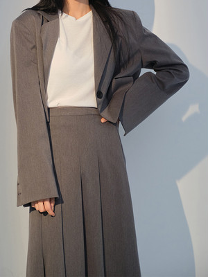 【WOMENS - 1 Size】TAILORED CROP JACKET / 2colors