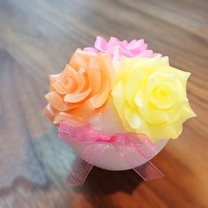 三輪の薔薇キャンドル(ピンク×オレンジ×イエロー)