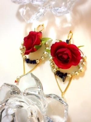 オーダー Saori.N様 ✧情熱の赤いデカ薔薇 &ラピスラズリ フープイヤリング