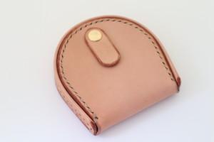 ヌメ革の馬蹄型コインケース 2