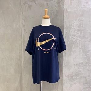 NIKE/プレヒートスウッシュTシャツ