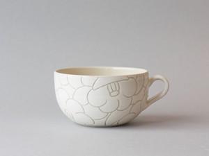 丸椿柄 白のスープカップ / Japanese camellia patterned soup mug | 東雲窯 佐野賢司