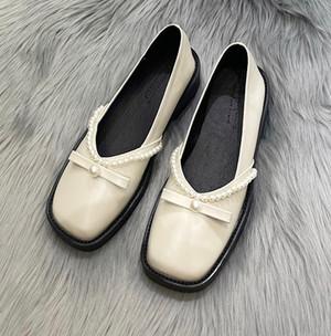 レトロリボンパンプス スクエアトゥ ガーリー パール フェミニン 靴 韓国