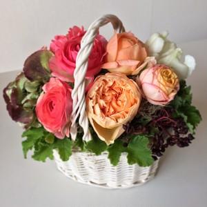 Spring Arrangement (Bascket)