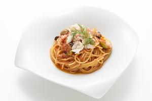 冷凍パスタソース「ズワイガニのトマトソース プッタネスカ風」