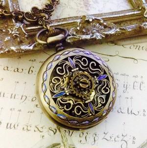 手巻き式懐中時計ペンダント ブロンズクロス(先行予約)