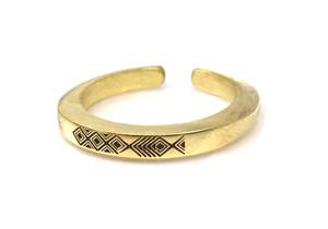 Ax b-rogo engraving fish Ring 真鍮製