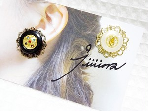 pierce/earring 煌めきのジェム white x black
