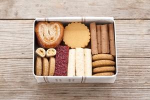 《次回のご予約開催は来年3月以降です》 le fleuveのクッキー缶  - 7種のクッキーアソートメント -   雑誌『SAVVY 8月号』掲載!