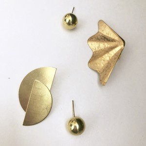 Asymmetry brass No.404-405