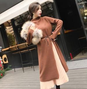 【セットアップ】フリースのハイネック衿の長袖のスプリットドレス+スカートのオシャレなツーピース