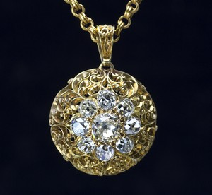 Victorian Old Mine-cut Diamond Pendant