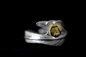 18k eagle metal Light feather ring