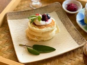 『おうちでつくれる 米粉のもっちりパンケーキミックス』(小さなパンケーキ6個分×2袋)