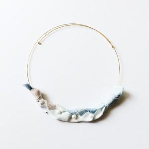 【 三つ編みネックレス(淡い海) 】