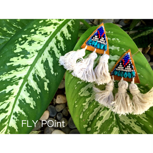 ▶受注オーダー◀- pyramid tassel pierce <camel> -
