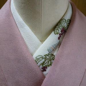 pivoneさんのフランス刺繍半襟「収穫祭」