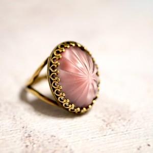 ローズピンクくもりガラス リング(指輪)