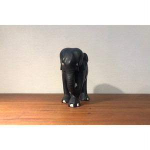 Carving Elephant Blk