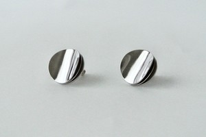 "Earrings ""ME KU LU"" -S size- (ピアス)"
