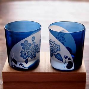 ペア猫ロックグラス~「桜と紫陽花」