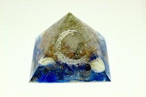 ピラミッド型オルゴナイト『月と人魚』