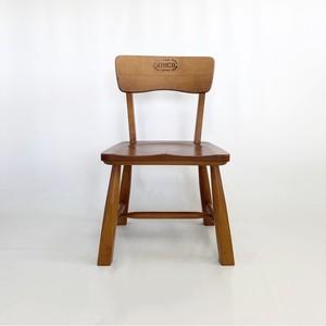 木製フレームのイス chair
