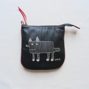 Haruki Matsumoto 犬の刺繍ポーチ BLACK×RED