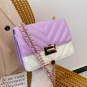 バイカラー チェーンバッグ チェーン 小ぶり スクエア ハンドバッグ かばん 鞄 ショルダーバッグ バッグ 大人 大人女子 オフィス 人気