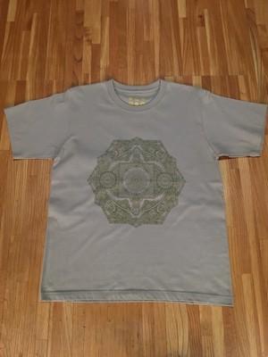 Tシャツ 連鎖  *L *サンドカーキ