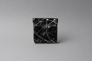 送料無料・ギフトラッピング(ギフト箱)無料○ ワンタッチ・コインケース ■drip type ブラック・ホワイト■