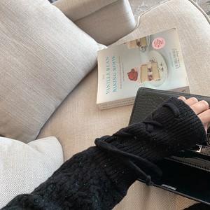 〈カフェシリーズ〉タイトスリーブニットワンピ【tight sleeve knit one-piece】