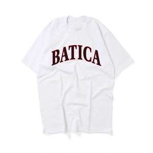 BATICA COLLEGE LOGO T-SHIRT WHITE × BLACK