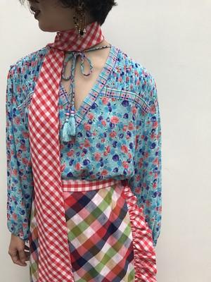 Diane freis plaid × floral print tops