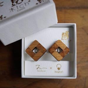 zizi / ジジ(Pierced Earring)