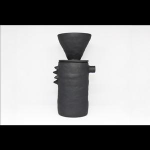 """アートな器でコーヒーを楽しむ【Kira Ni Ceramics /キラニセラミックス】""""DRAGON""""Coffee Jug Pot & Dripper  コーヒージャグポット&ドリッパー(BLK)"""